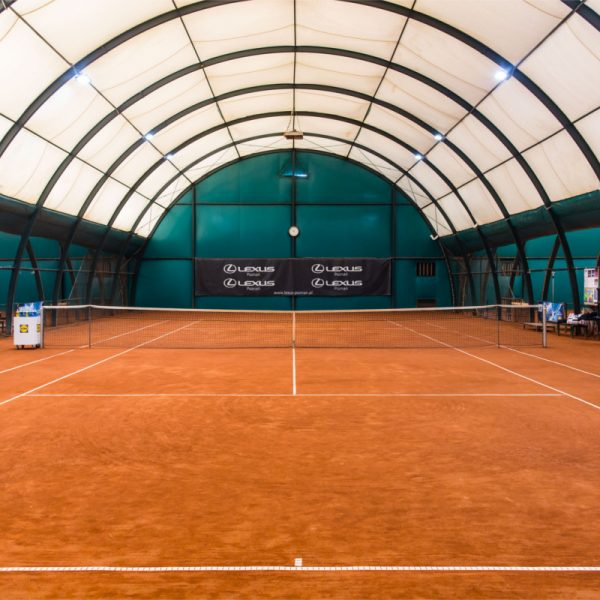 Wewnętrzny kort tenisowy - Kortowo